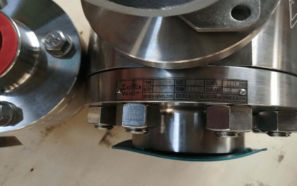 Ball valve Super Duplex A182 F55 UNS S32760 body ball PTFE seats NPT ends nameplate