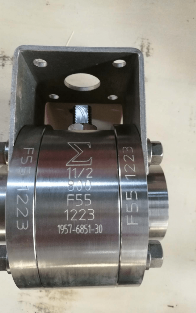 Ball valve Super Duplex A182 F55 body stem ball PTFE seats bare stem ISO5211 actuator mounting flange