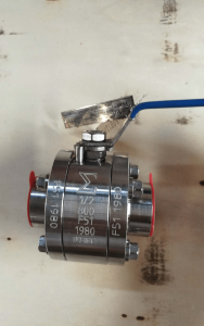 Ball valve floating type duplex A182 F51 UNS S31803 body stem and ball front