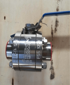 Ball valve floating type duplex A182 F51 UNS S31803 body stem and ball single