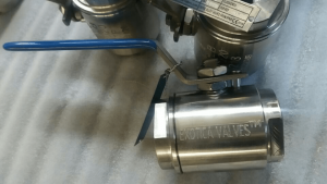 Floating A20 ball valve PTFE seats