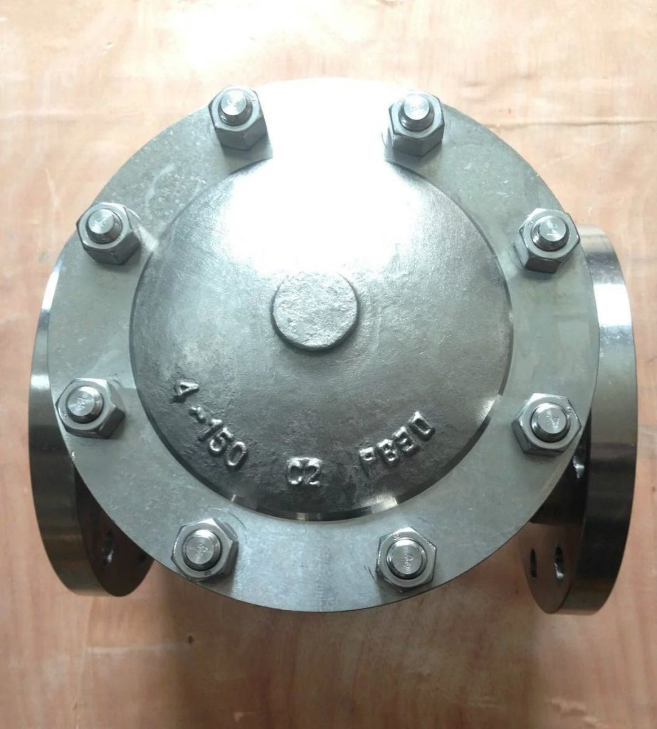 Swing check valve cast Titanium B381 Gr 2 flanged 150 top
