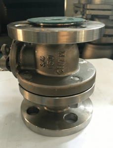 Two-piece ball valve in Alloy 20 A351 CN7M body stem ball PTFE seats